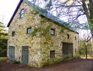 Barn 16   Armitage barn SE view Nov10 clean